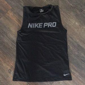 Nike pro sleeveless top
